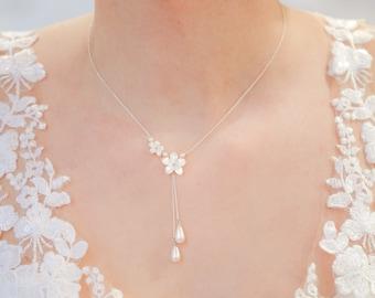 Romantic bridal necklace, Hana, flower bridal necklace, boho wedding necklace, mother of pearl bridal necklace, flower bridal jewelry