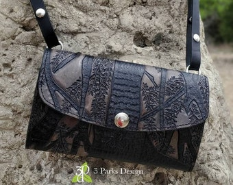 Leather Clutch Purse, Tooled Leather, Tree Art, Leather Crossbody, Small Purse, Tree Purse, Wallet Clutch, Leather Wristlet, Crossbody Purse