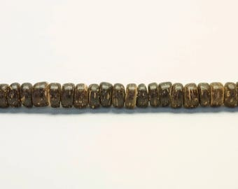 25 Brown coconut beads, 8 mm