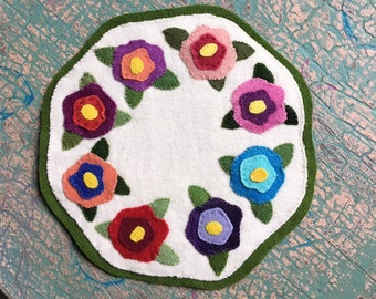 Floral Wool Penny Rug * Candle Mat * Flowers * Gift * Pansies *
