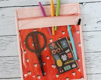 Vinyl Project Bag - Strawberries - Glitter Pouch