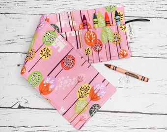 Crayon Roll - 16 Crayons - Pink forest
