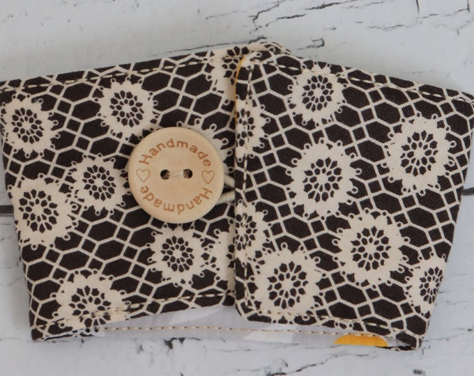 Coffee Sleeve - Cup Cozy - Cream and Black