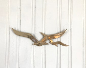 Extra Large Vintage Mid Century Brass Seagulls Flying Birds Wall Sculpture