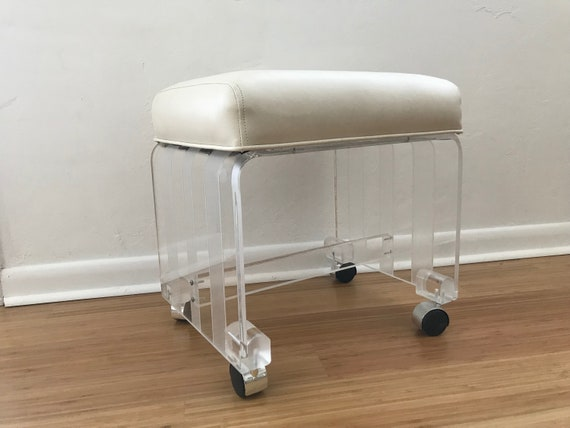 Terrific Vintage Mid Century Modern Frosted Clear Strip Waterfall Lucite Acrylic White Padded Vanity Stool With Castors Free Shipping Dailytribune Chair Design For Home Dailytribuneorg