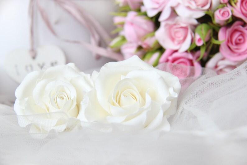 Bridal rose hair clip White flower hair clip White rose hair clips Flowers hair accessories  Bridal hair clip Bridal rose headpiece