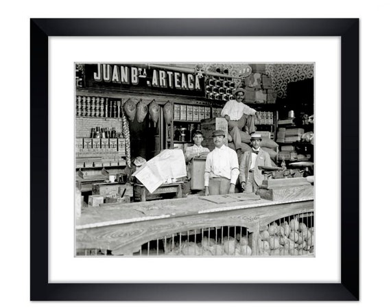 Old store Caracas 1900 Art print framed gallery quality black-and-white  photography Fineartprint-art-print