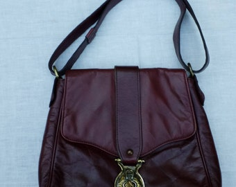 66bd368ecd9d Vintage Etienne Aigner oxblood red leather shoulder bag purse