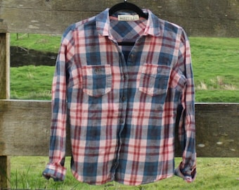 Soft pink & blue flannel (sz: S)