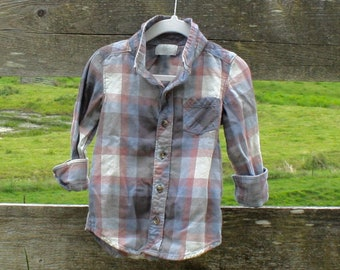 Soft kid's blue flannel (sz: 3T)