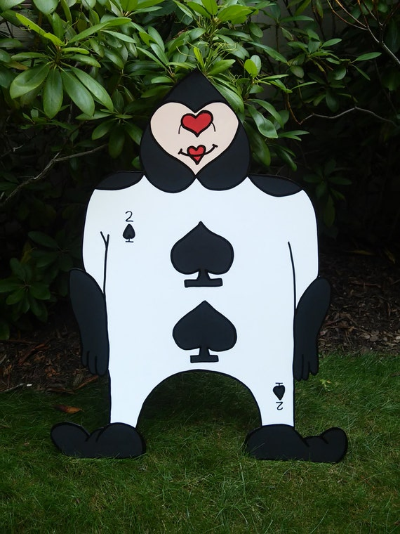 Large Party Props /& Event Decoration Mad Hatter Tea Party FOAMBOARD QUEEN of HEARTS Inspired by Alice in Wonderland