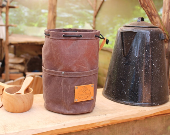 Dark Oak Waxed Canvas Round Bottomed Ditty Bag with Pockets and a  Leather Tag for Cook Set, Bushcraft, Camping and the Great Outdoors