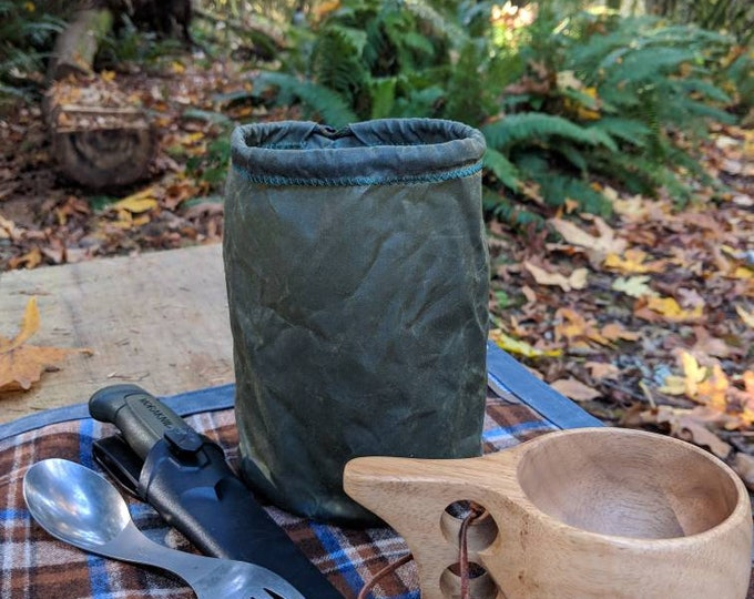 Lightweight Waxed Canvas Round Bottomed Ditty Bag with Toggle for Cook Set, Bushcraft, Camping and the Great Outdoors.