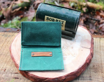 Minimalist Emerald Green Waxed Canvas Wallet for your ID, Credit Cards, Hunting or Fishing License