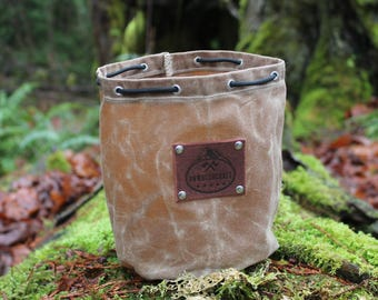 Handmade Waxed Canvas Round Bottomed Ditty Bag with Leather Leaf for Cook Set, Bushcraft, Camping and the Great Outdoors.