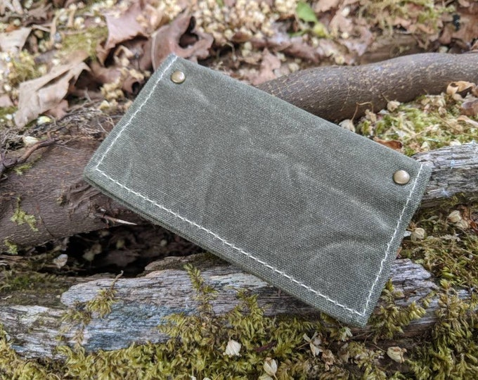 Minimalist Green Waxed Canvas Wallet for your ID, Credit Cards, Business Cards, Hunting or Fishing License