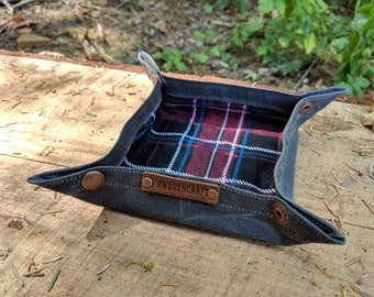 Waxed Canvas Lined Collapsible Valet Tray for you Keys, Pipe, Watch, Adventures, Bushcraft and Everyday Travel