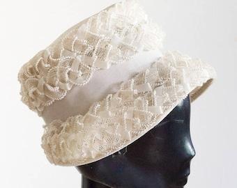1960s white bucket hat