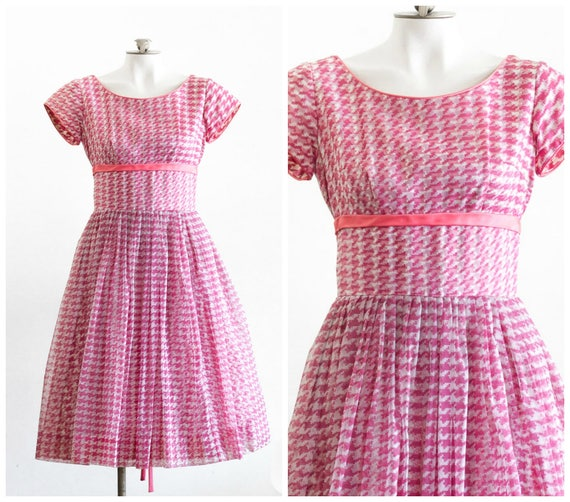 1950s pink and white houndstooth fit and flare dre