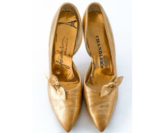 1950s gold metallic pointed toe heels SIZE 8 AA