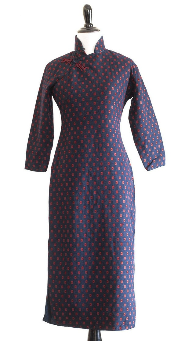 1950s/60s navy blue wool qipao with red rectangle… - image 6