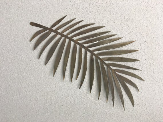 Metal Palm Leaf  -  Metal Plam  - Metal Wall Art  - Home Decor - coastal Decor