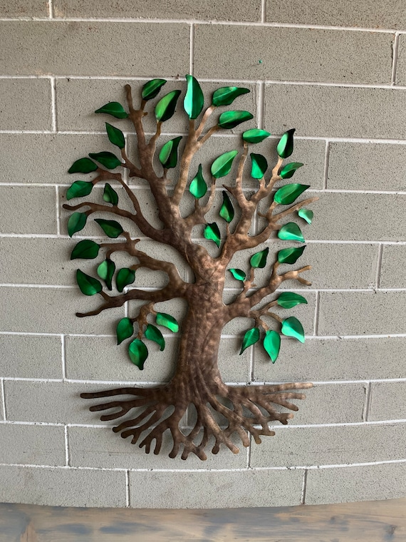 Metal wall hanging tree   -  Beautiful wall Tree.     Hanging home decorating tree