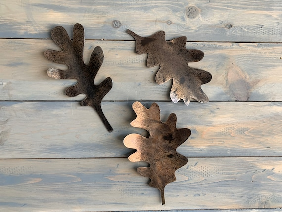 Metal Oak leaf   Set of 3.    Metal Oak leaf .  Metal Wall Art