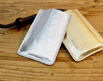 Sale!!! iPhone 6 leather case, made of soft leather with fine gold or silver finish.