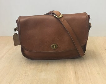 7b7c0b336e57 Vintage Coach British Tan Leather City bag