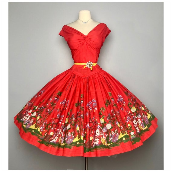 Fabulous Vintage 1950s Border print Novelty dress
