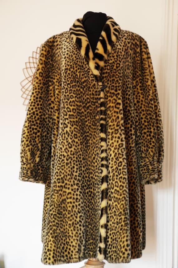 Panther Fake fur Coat made in Belgium- medium size