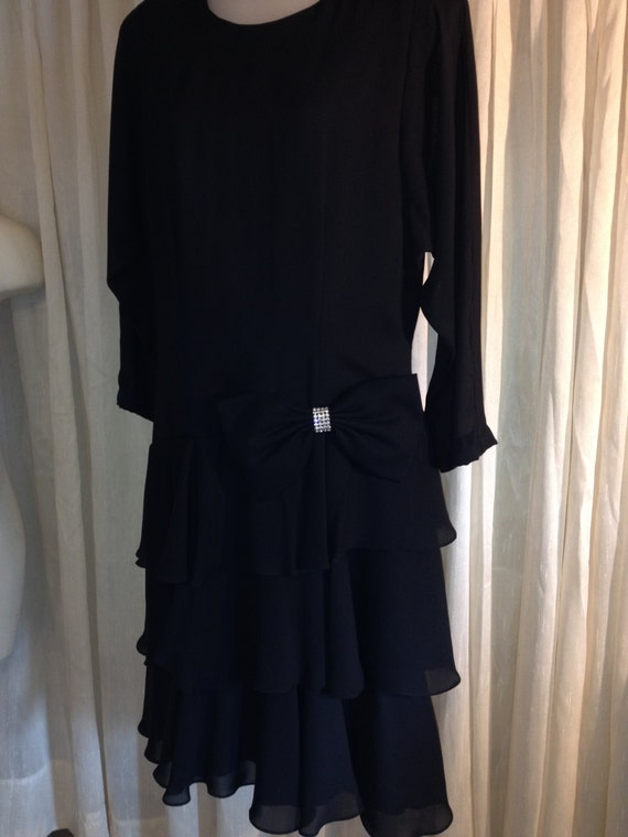 Vintage Samantha Black Size14 Layered Dress with R