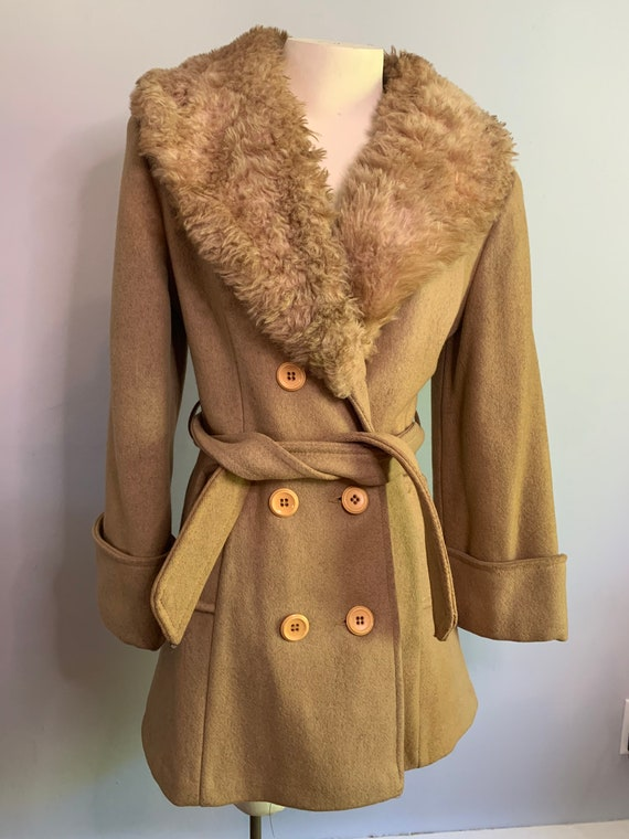 70's Vintage Jacket with wide collar and belt