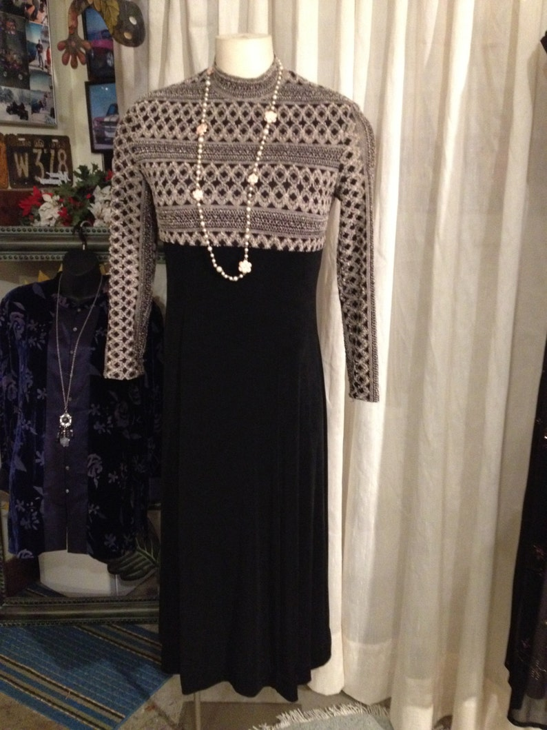 Dutchess Style Dress Long Black Evening Dress New Years EveVintage Size16 Free Shipping