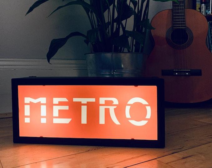 METRO Illuminated LightBox