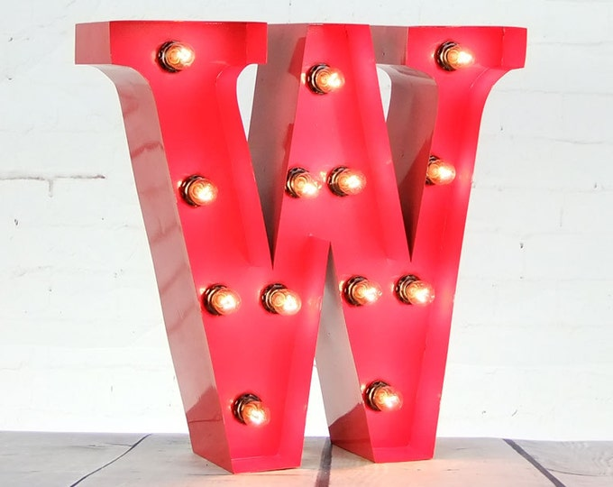 """15""""/ 38cm Mains Powered Vintage Marquee Letter Light - Letter W - Floor Light - Letter Prop/Display - Available in Rusty or Red"""