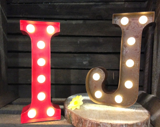 Vintage Carnival Style Marquee Light, Light up Letter I - Battery Operated