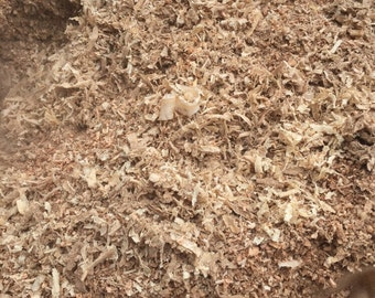 Sawdust and wood shavings