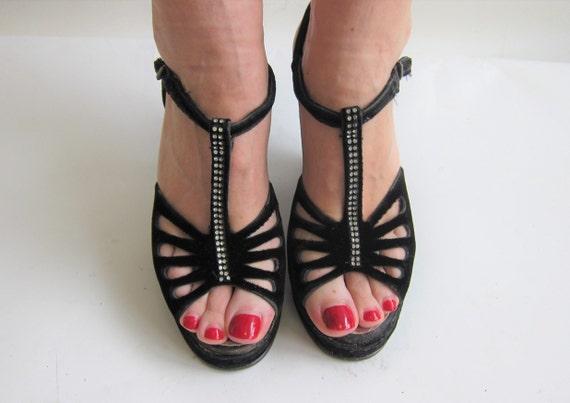 Vintage 40s Womens Shoes Black Velvet Platform Wed
