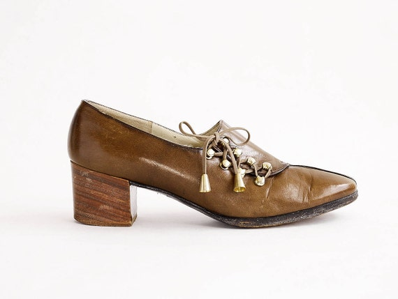 1960s Roger Vivier Pumps | Vintage Vivier Shoes |