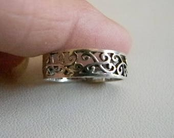 Sterling Silver Filigree Band Ring  Size 7 1/2
