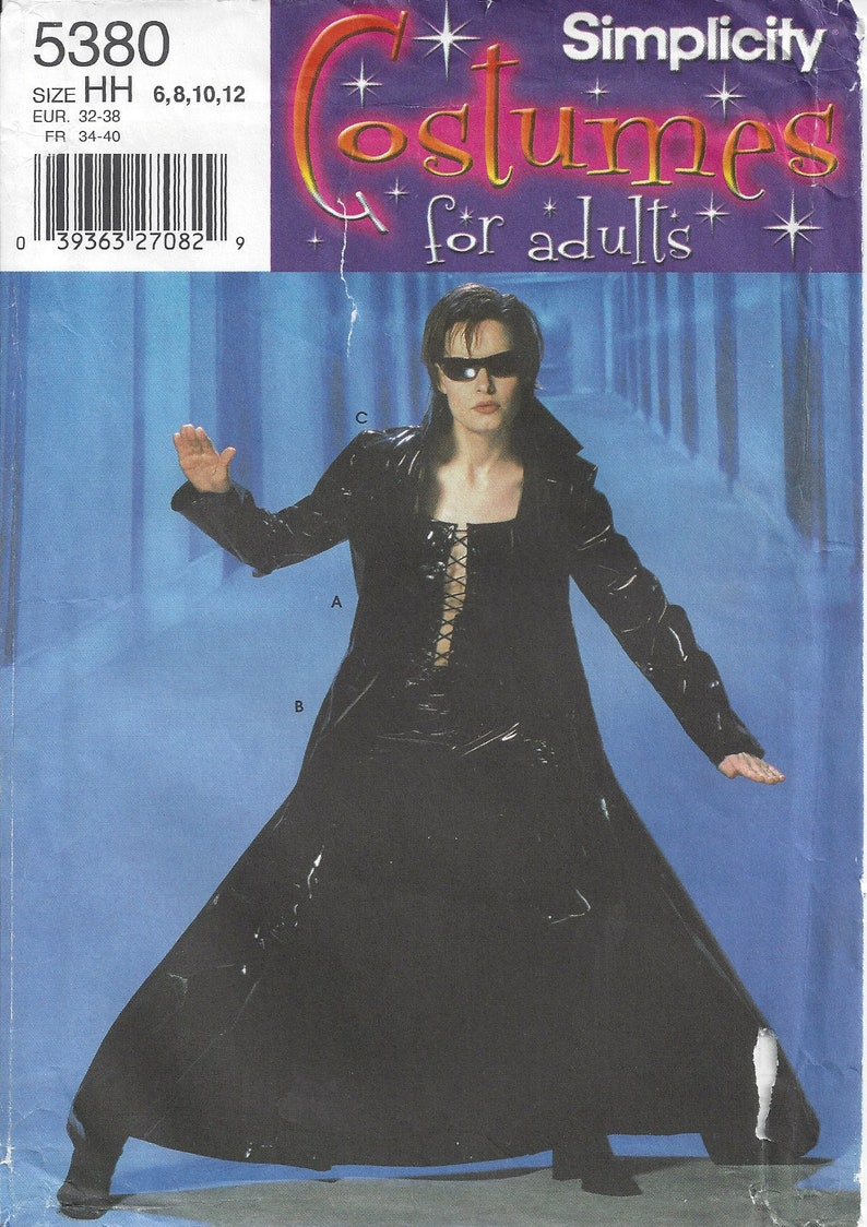 Trinity costume pattern (The Matrix Reloaded) - Simplicity 5380