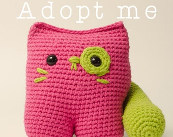 Adopt me! - Ready to be sent - Crochet cat