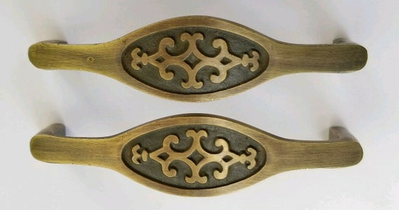"2 Vtg Retro style Brass Cabinet Cupboard Kitchen Handles Pulls 3-1//2/""ctr #P22"