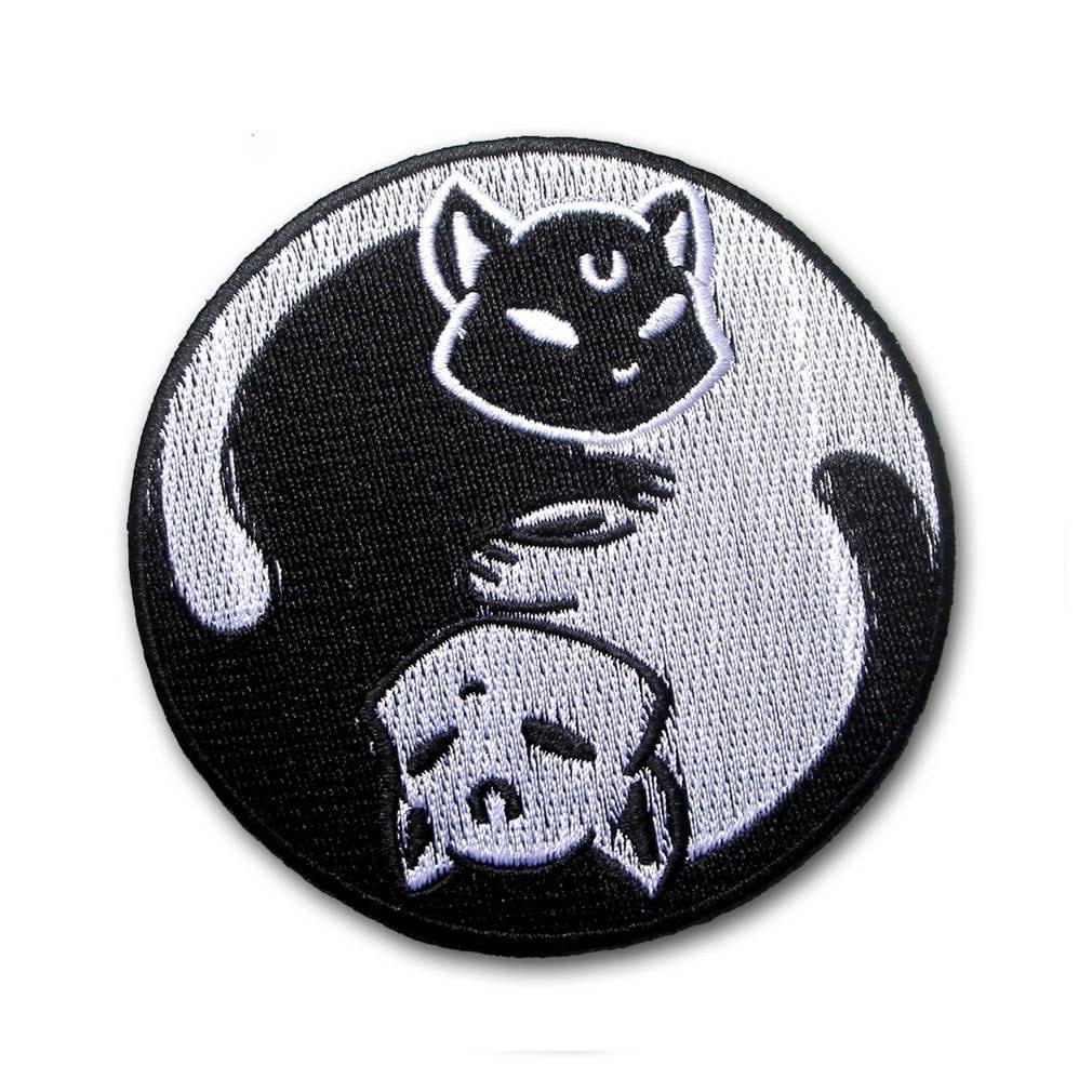 YIN YANG CAT BLACK WHITE BADGE SIGN SYMBOL CAP Embroidered Patch Iron Sew Logo
