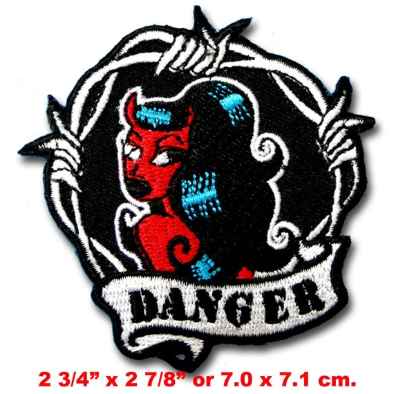 """Yosemite Sam~Embroidered Patch~2 7//8/"""" x 2 7//8/""""~Looney Tunes Bad Guy~Iron or Sew"""
