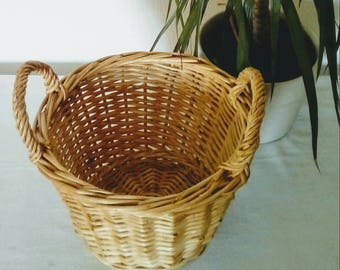 Small hanging wicker basket with 2 handle, French vintage hanging basket, wooven wicker basket, french country decor, rustic decor