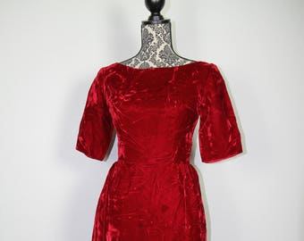 Red crushed velvet dress, Handmade, Velvet, Holiday, Dress, Full Length, Fitted, Christmas, Party