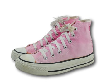 cfadb9c464a801 Vintage CONVERSE Pink Canvas Hi High Top Athletic Sneakers Shoes Men s US 4    Women s 6 Made in USA
